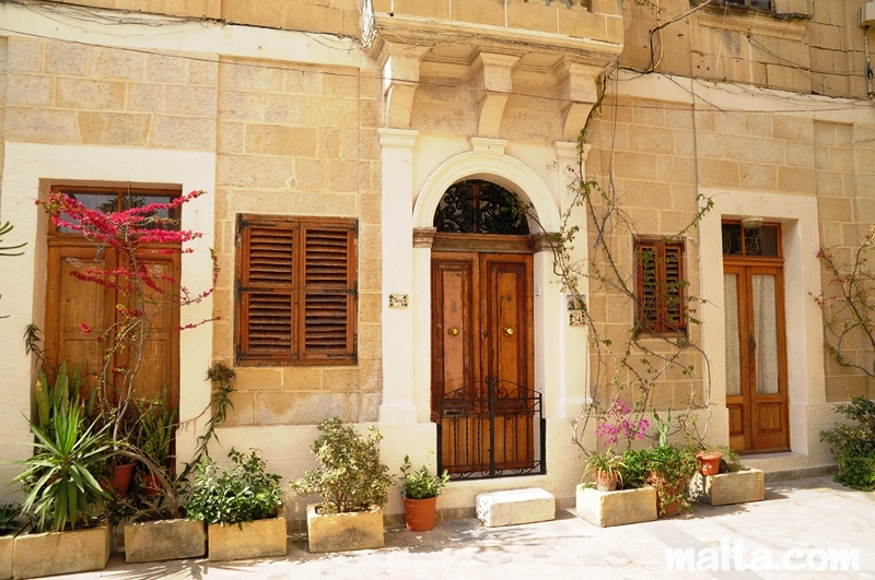 Accommodation in Malta and other students\' service - Internship In Malta